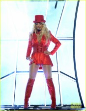 britney-spears-performance-billboard-music-awards-2016-03