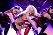 britney-spears-performance-billboard-music-awards-2016-10